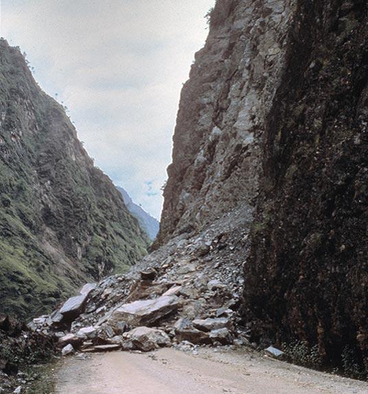 Difficulties along the Karakorum Highway