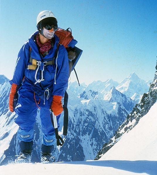 Wojtek Kurtyka on the Broad Peak slope