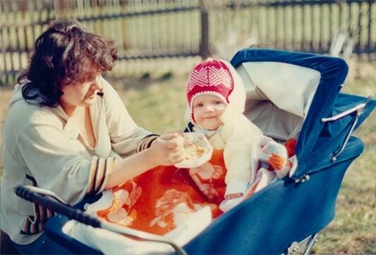 Syn Jerzego - Wojtek z mamą Cecylią. Rodzinny czas w góralskim domu w Istebnej
