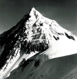 South Wall Mount. Everest