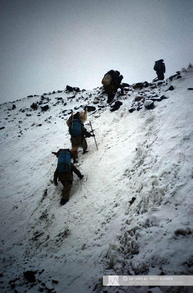 Karawana do bazy pod Gascherbrumam I