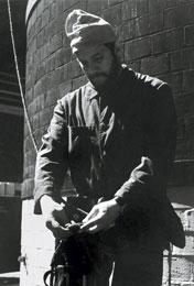 Jerzy Kukuczka podczas prac wysokościowych na Śląsku